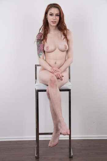 Preview Czech Casting - You didn't expect this, did you? This sweet American pussy on our infamous white couch. Her name is Anna De Ville and she claims to be a model. Her specialty isn't showing fashion collections, but pure anal destruction. The princess Annal started her career with hardcore anal sex and she...