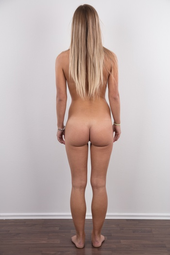 Preview Czech Casting - Marketa is exactly that type of girl that makes you turn around in the street. Long blonde hair, lovely face, and perfect body. The only difference between her and an angel is that she's missing the wings. And now imagine that she came to our villa and seated herself on...
