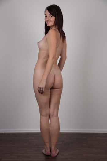 Preview Czech Casting - Meet Vendula, the likable Czech amateur who wants to become a famous photo model. We think this cute brunette could do more than walk around in swimwear or work as a poorly paid clothes hanger. Do you agree? Our cameraman offered her his cock as a start-up for her career....