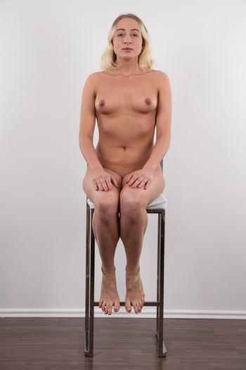 Preview Czech Casting - Anal massacre live! This Czech amateur is incredibly wild. She is getting ready for her maturita exam, she just turned 18 and she came to us to finally start shooting hardcore anal porn. Yes, you read it right. Now listen to her unbelievable confession. Blonde Radka told us her very...