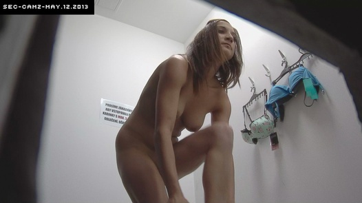 Young brunette | Czech Cabins 12