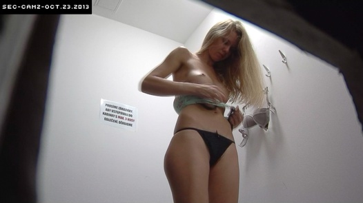 Blonde with a flat belly | Czech Cabins 62