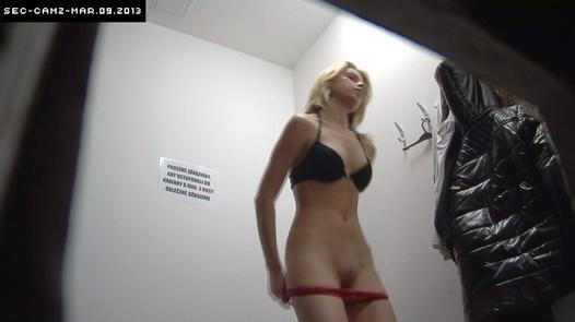 Blonde in hot dress | Czech Cabins 90