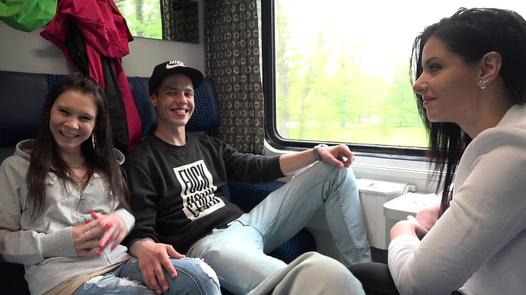 Teenagers fuck on train | Czech Couples 26