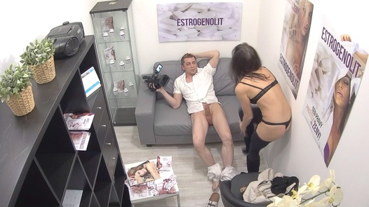 Squirt in 30 seconds | Czech Estrogenolit 13