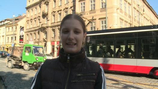 Prsatá kráska šuká v centru Prahy