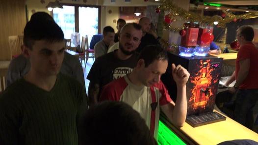 Milfomanie schluckt Liter Sperma | Czech Gang Bang 20 Teil 4