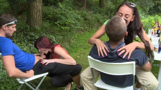 Kinky in the garden | Czech Garden Party 1 part 2