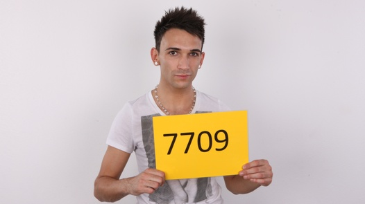 CZECH GAY CASTING - LUKAS (7709)