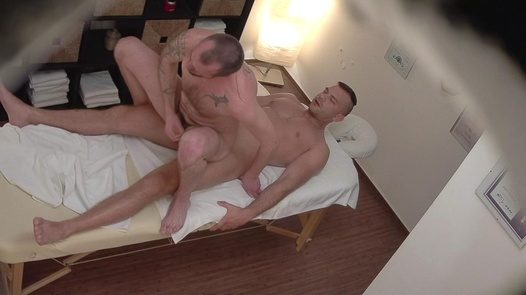 CZECH GAY MASSAGE 4