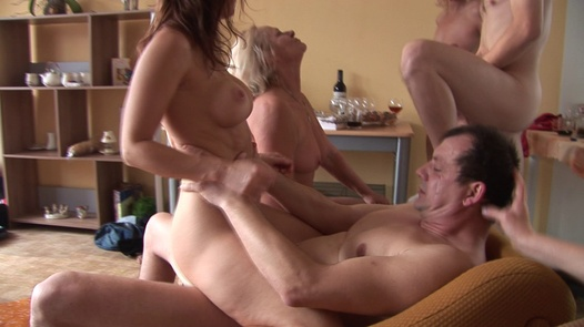 Mature Czechs ride cocks