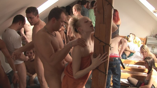 Group fucking and cumshots