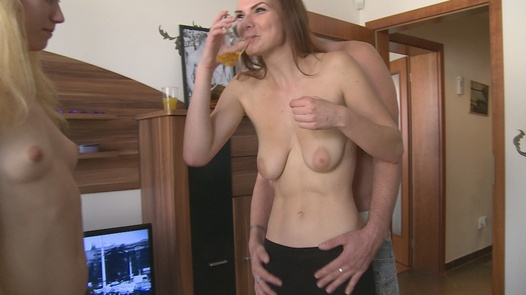 Welcome squirt | Czech Home Orgy 9 part 1