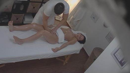 Brunette gets a happy ending massage 2