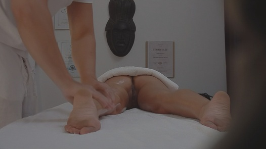 Blonde gets fucked during the massage | Czech Massage 33