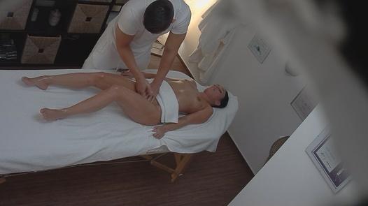 Model fucks the masseuse 3