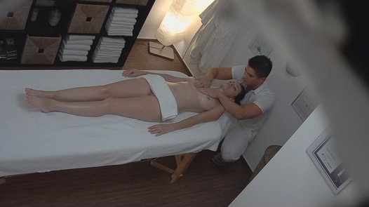 Brunette gets the massage of her dreams 3