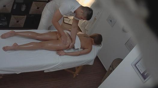 Free massage for a cute brunette