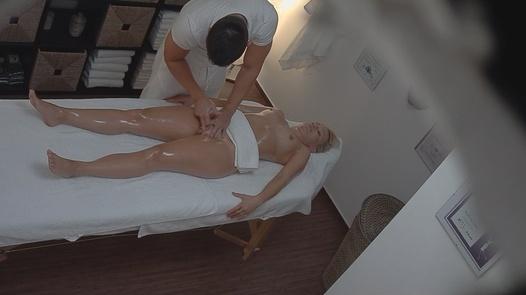 Big ass blonde fucks the masseuse