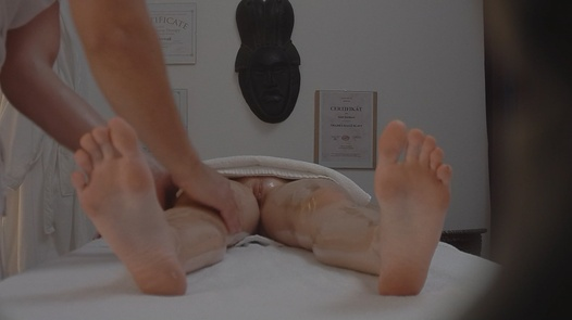 Busty MILF blows the masseuse | Czech Massage 79