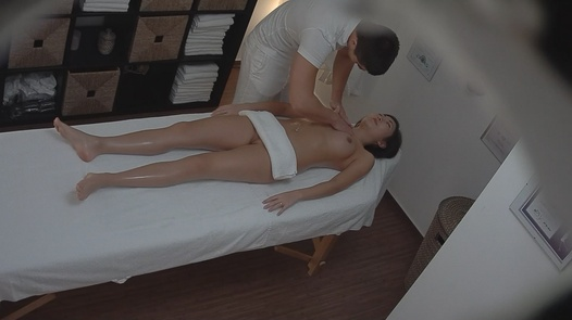 Asian gets an erotic massage | Czech Massage 103