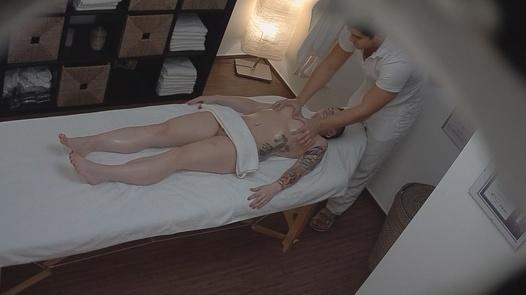 Punk girl blows the masseuse   Czech Massage 109
