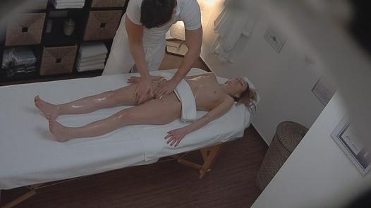 Brunette came for a massage 3