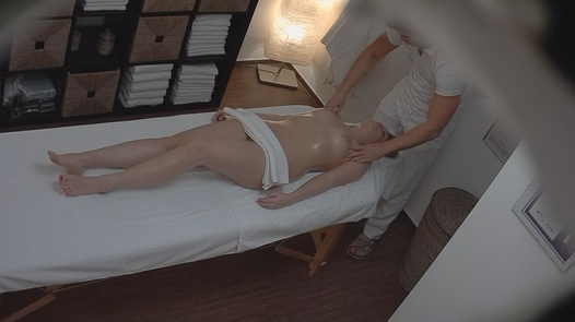 Blonde came for an erotic massage 2
