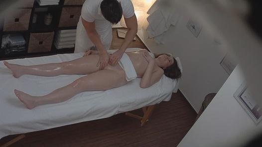 Brunette loves the massage 4
