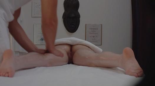 Brunette gets an anal massage | Czech Massage 184