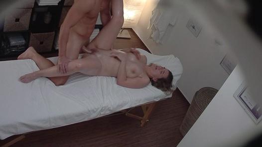 MILF fucks the masseuse
