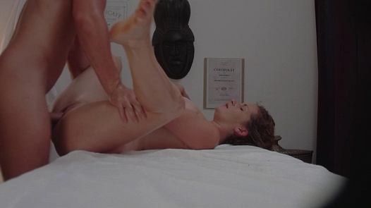 Busty redhead fucks the masseuse | Czech Massage 229
