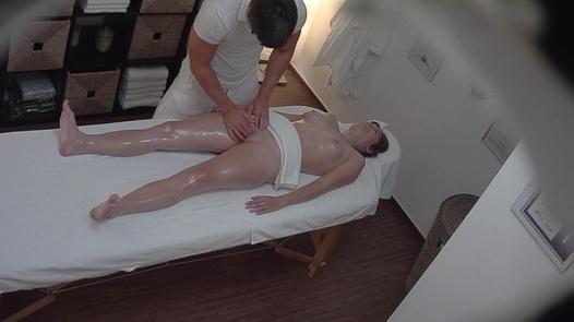 Brunette fingered during a massage 2