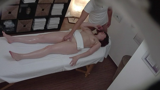 Married lady jerks the masseuse off