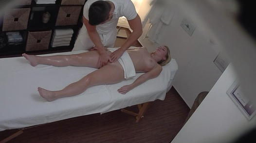Blonde came for a massage 3
