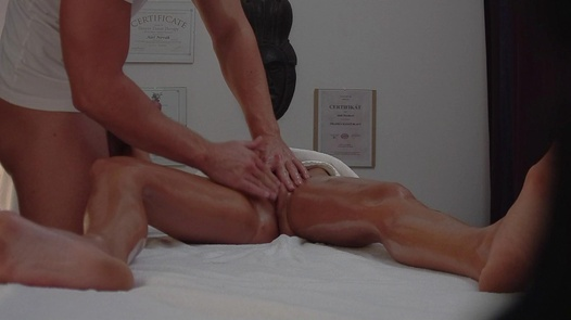 18 y/o fucks the masseuse 4 | Czech Massage 259