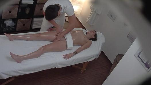 Model fucks during a massage   Czech Massage 264