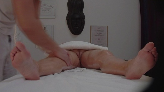 Busty lady gets an erotic massage | Czech Massage 269