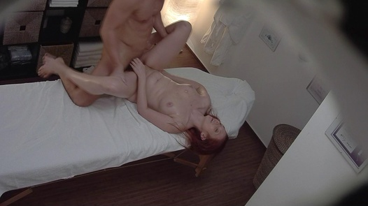 Redhead gets a happy ending massage 3