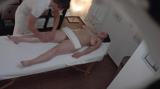 Busty MILF fucks the masseuse 5 | Czech Massage 274