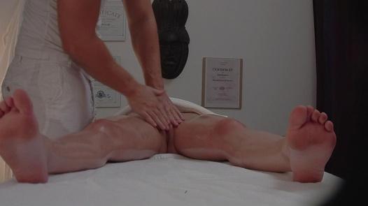 Brunette screws the masseuse 4   Czech Massage 299
