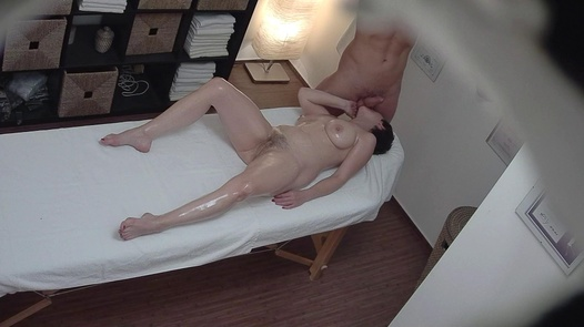 Hairy MILF fucks the masseuse | Czech Massage 315