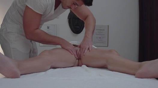 Amazing busty blows the masseuse | Czech Massage 349