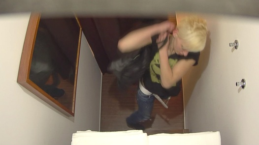 Blonde gets the massage of her dreams 4 | Czech Massage 350