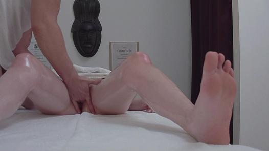 Slim model fucks the masseuse 2   Czech Massage 357