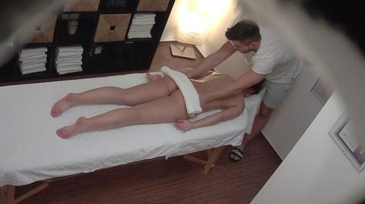 MILF came for a massage 2   Czech Massage 361
