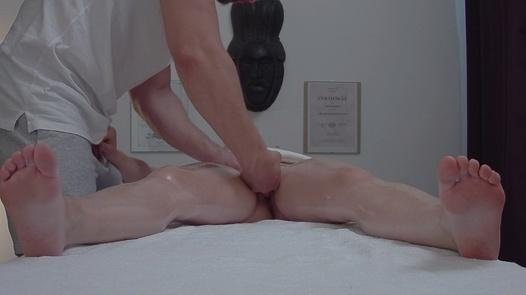 Young beauty fucks the masseuse | Czech Massage 363