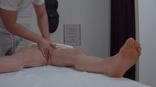 MILF gets her pussy massaged 2 | Czech Massage 380