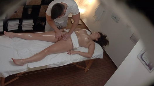 Young brunette gets the massage of her dreams | Czech Massage 385