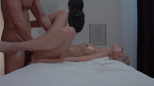 Blonde beauty fucks the masseuse 2